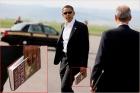 obama-reads-533.jpg